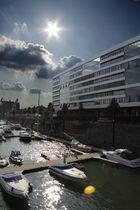 Hafen, Gegenlichtaufnahme...