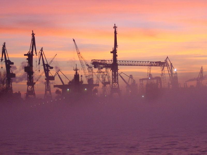 Hafen Hamburg zwischen Nebel und Kitsch