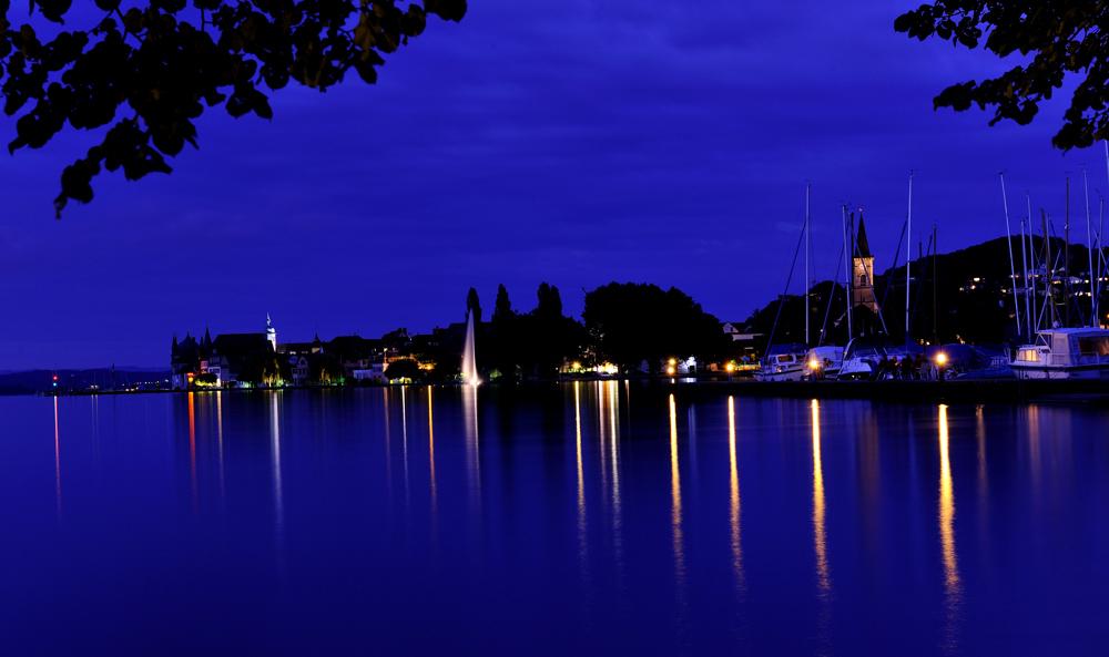 Hafen in Blau