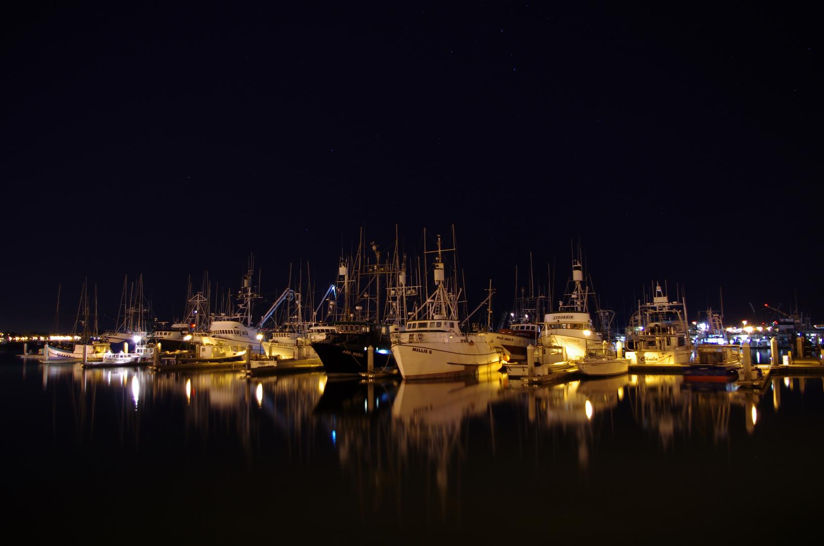 Hafen in San Diego bei Nacht