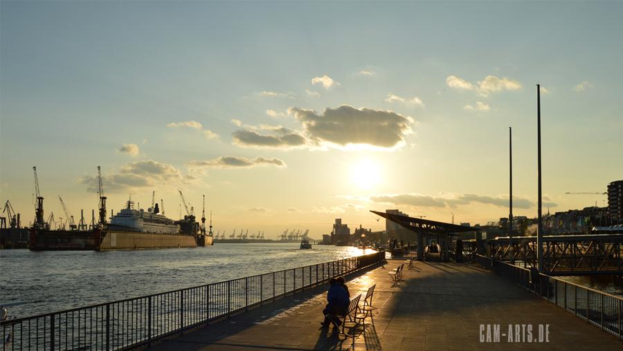 Hafen Landungsbrücken Hamburg