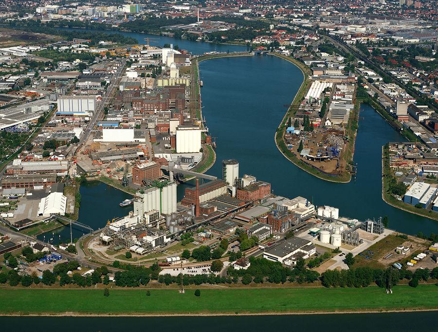 Hafen mannheim luftbild foto bild techniken aufnahme for Restaurant mannheim hafen