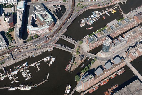 Hafen mit Kehrwiederspitze - Hamburg