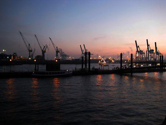 Hafen nach Sonnenuntergang II