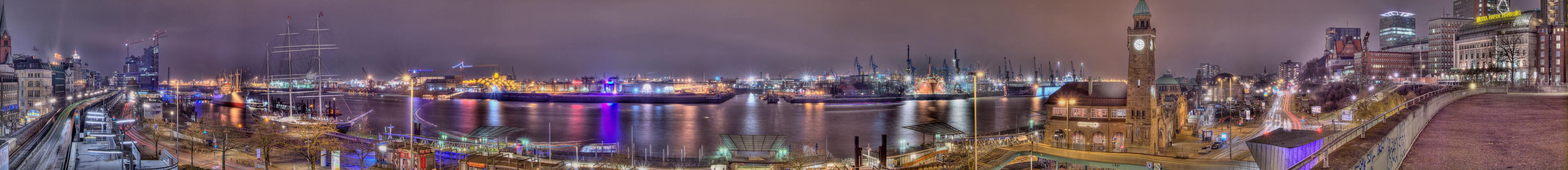 Hafen Panorama +