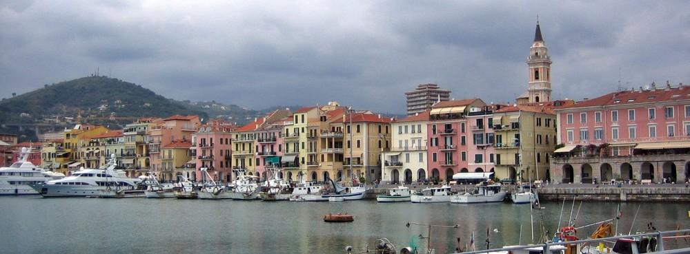 Hafen von Oneglia (Ligurien)