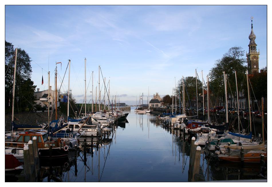Hafen von Veere am Tag