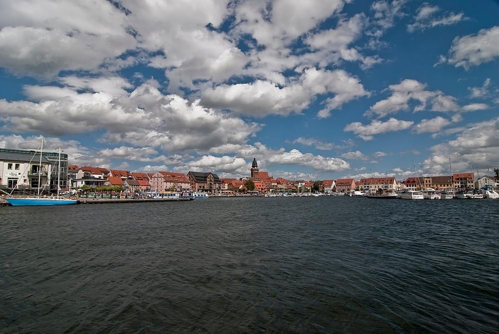 Hafen von Waren (Mecklenburg)