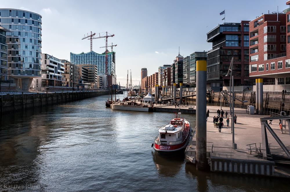 Hafencity, Blick vom Magellanterrassen