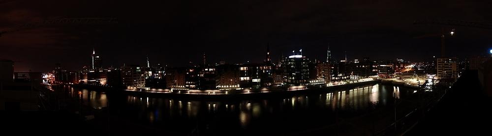 Hafencity by night