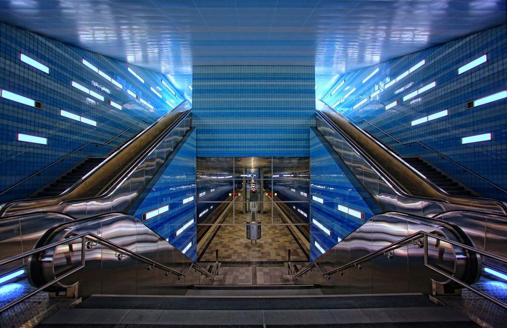 hafencity hamburg u bahn station foto bild architektur treppen und treppenh user. Black Bedroom Furniture Sets. Home Design Ideas