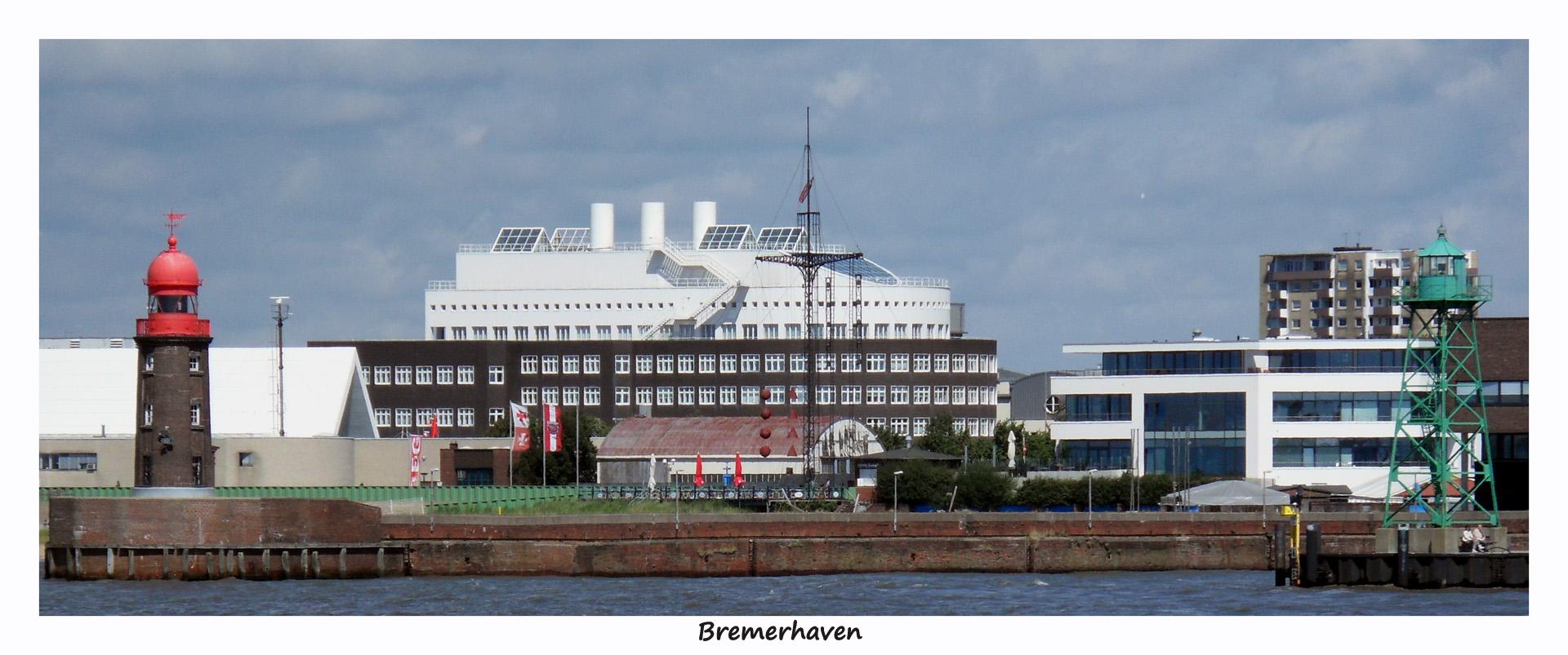 Hafeneinfahrt Bremerhaven