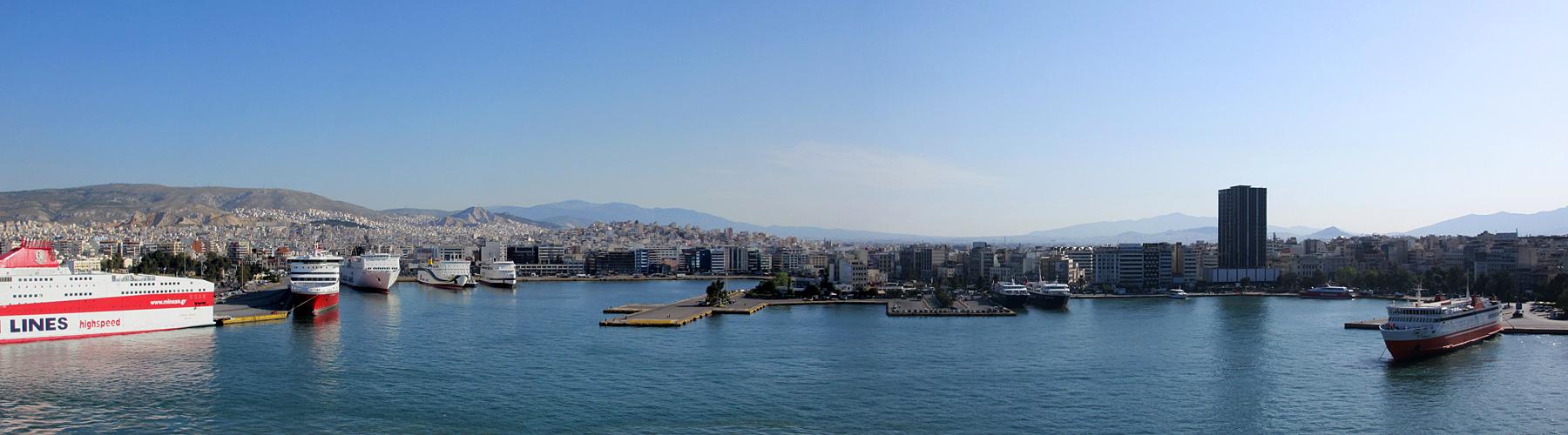 Hafeneinfahrt in Piraeus