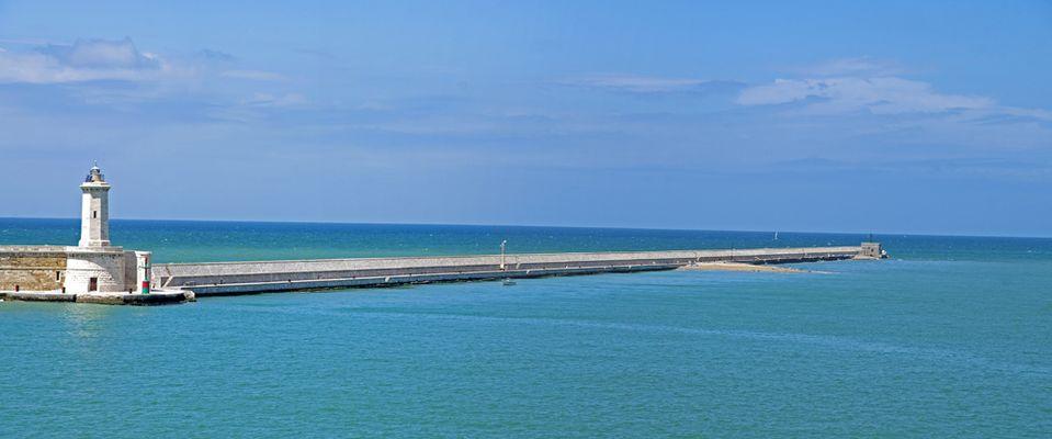 Hafeneinfahrt von Livorno