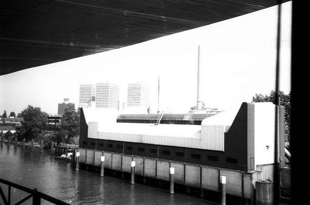 Hafengebäude in Amsterdam