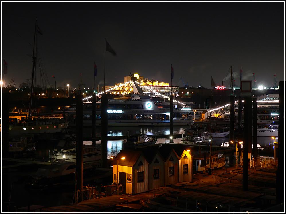 Hafenhäuschen bei Nacht