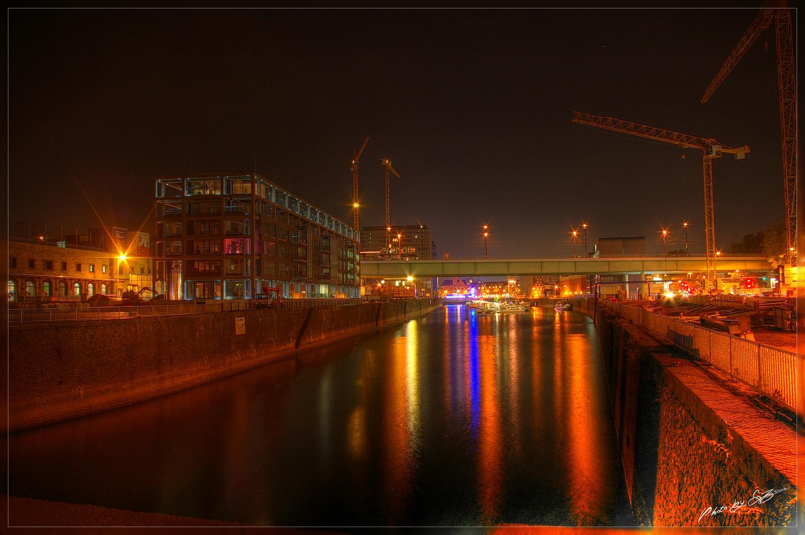 ...Hafenindustrie...