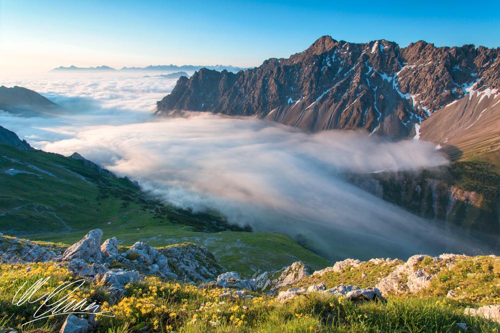Hahntennjoch im Nebel