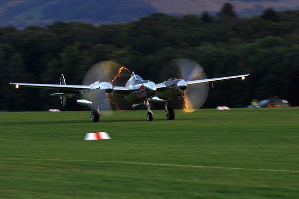Hahnweide 2013 IV - Raimund Riedmann -  p-38 lightning flying bulls