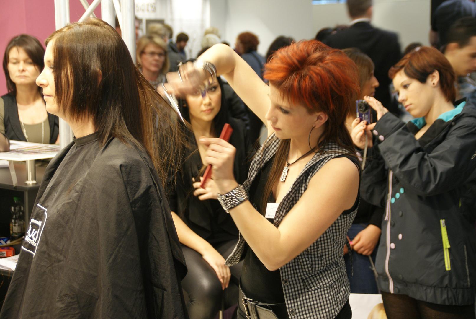 Hair & Beauty 2011: Friseurin Michelle ...