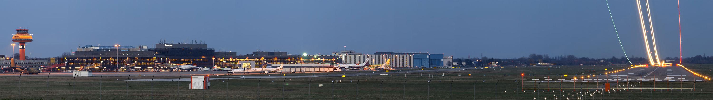 HAJ. Hannover Airport am Abend.
