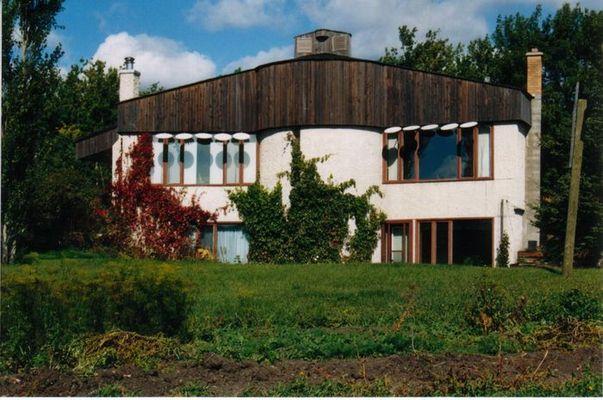 Half - Round House in Rossburn, Manitoba