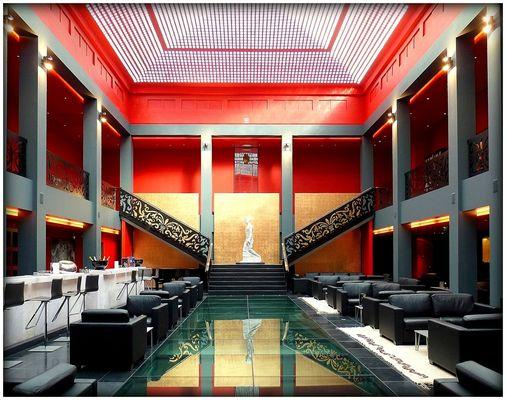 HALL DE l'HOTEL DE BOURGTHEROULDE