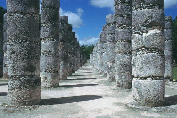 Halle der tausend Säulen (Chitzen Itza)