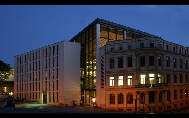 Halle - Juridicum