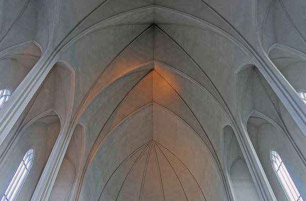 Hallgrimskirkja - Gotisches Gewölbe