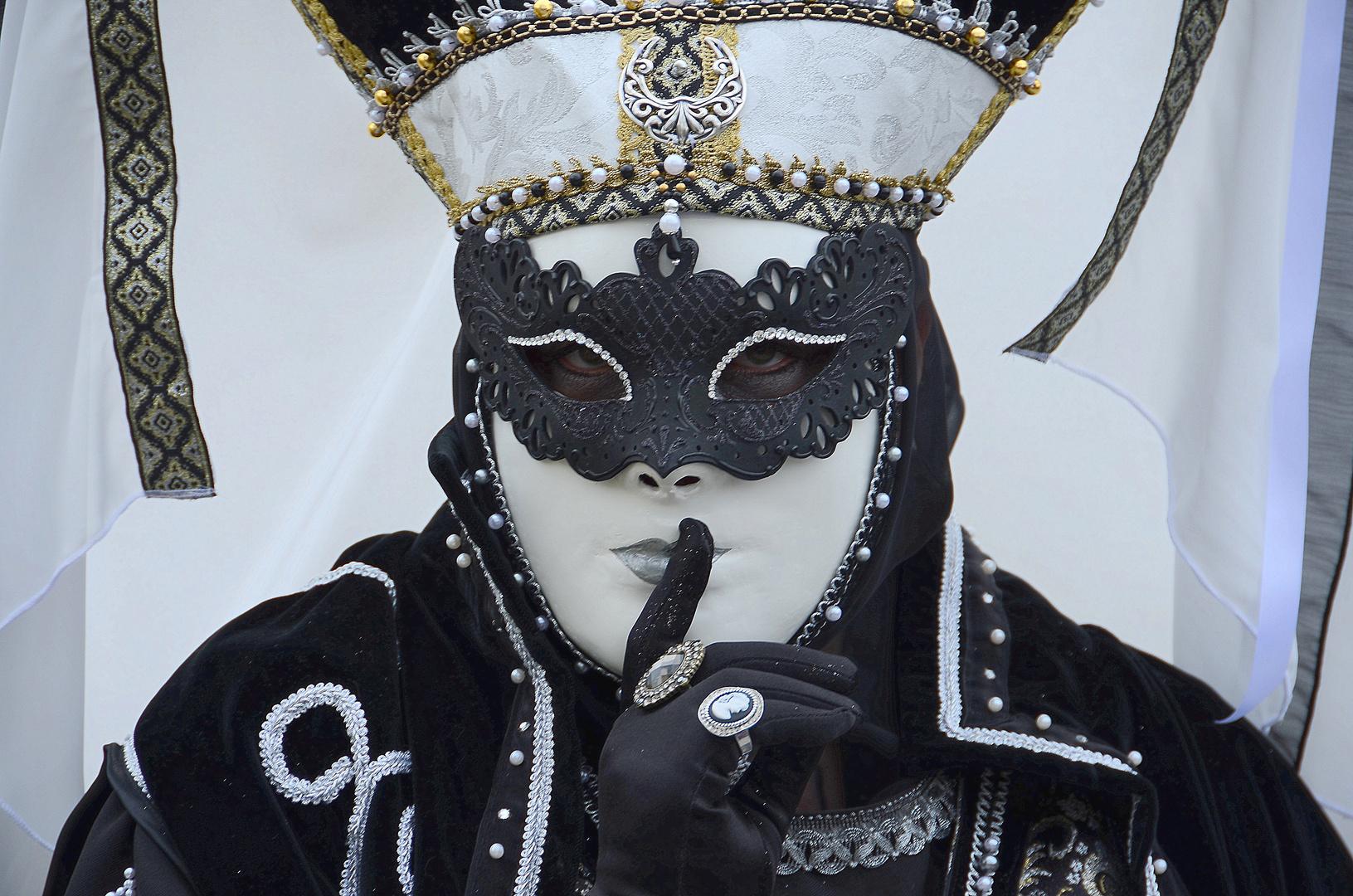 HALLia VENEZiA 2013 - Karneval der Stille - so schön kann Stille sein...