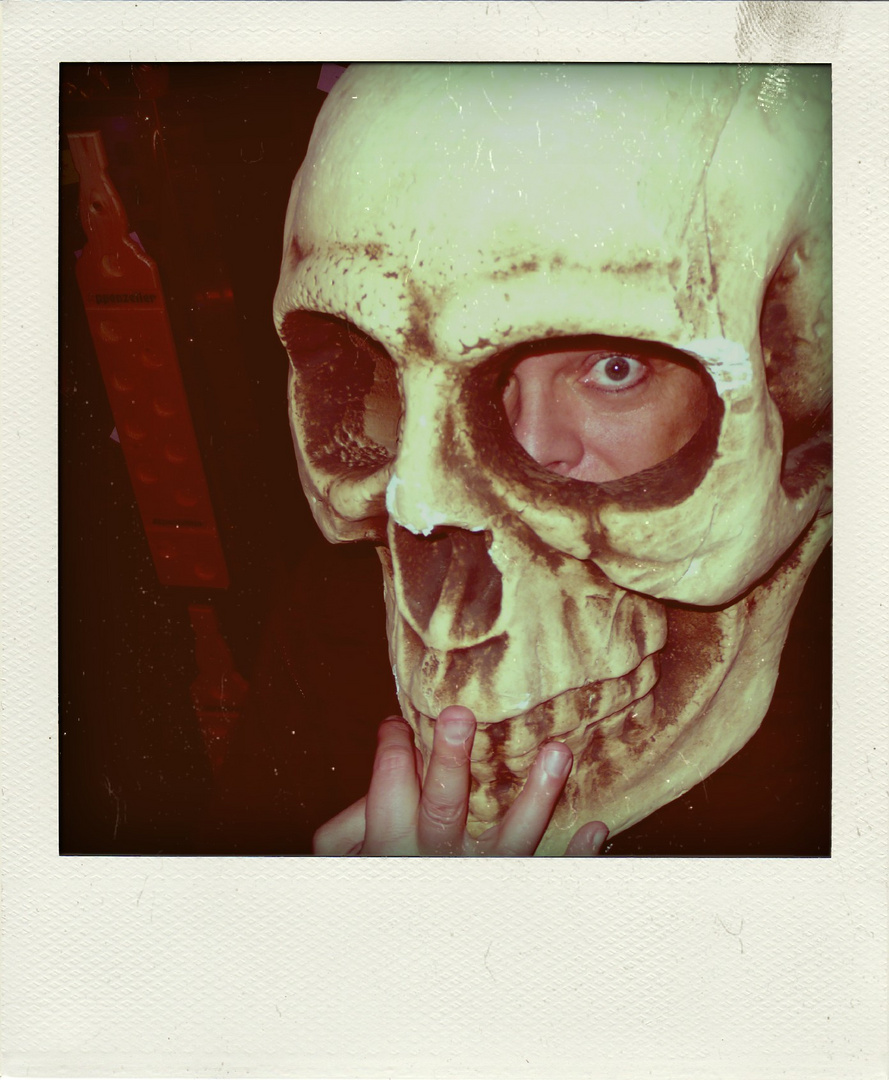 #Halloween #Preppers [Poladroid]