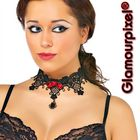 Halskette mit Spitze
