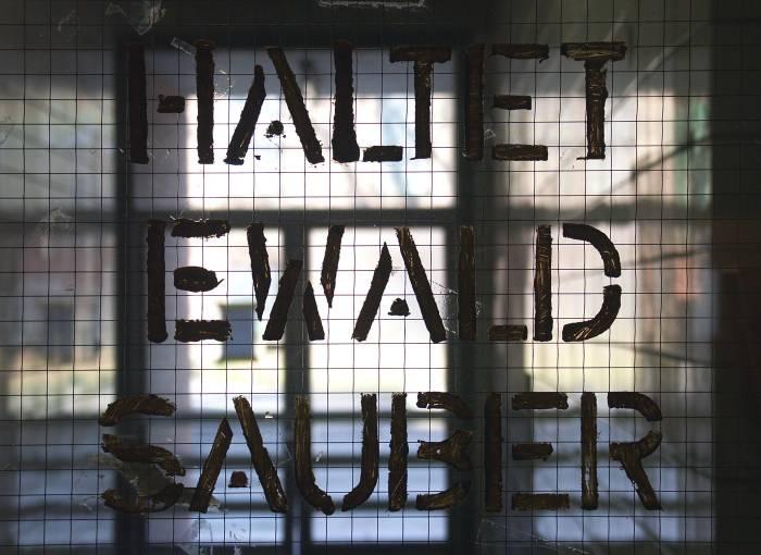 Haltet Ewald sauber
