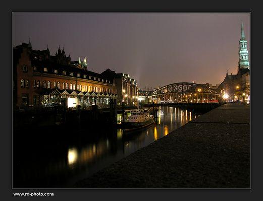 Hamburg bei Nacht...