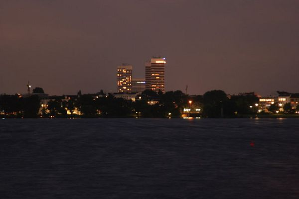 Hamburg bei Nacht - Alster 3