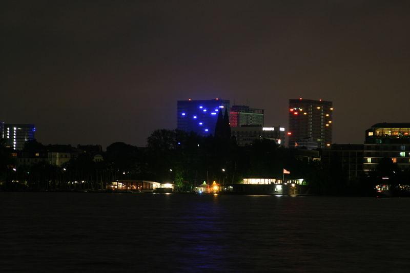 Hamburg bei Nacht - Alster 4