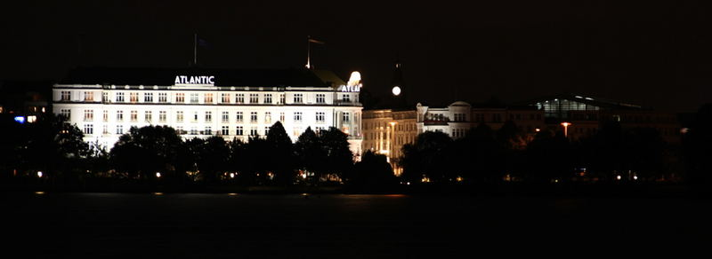 Hamburg bei Nacht - Alster 7