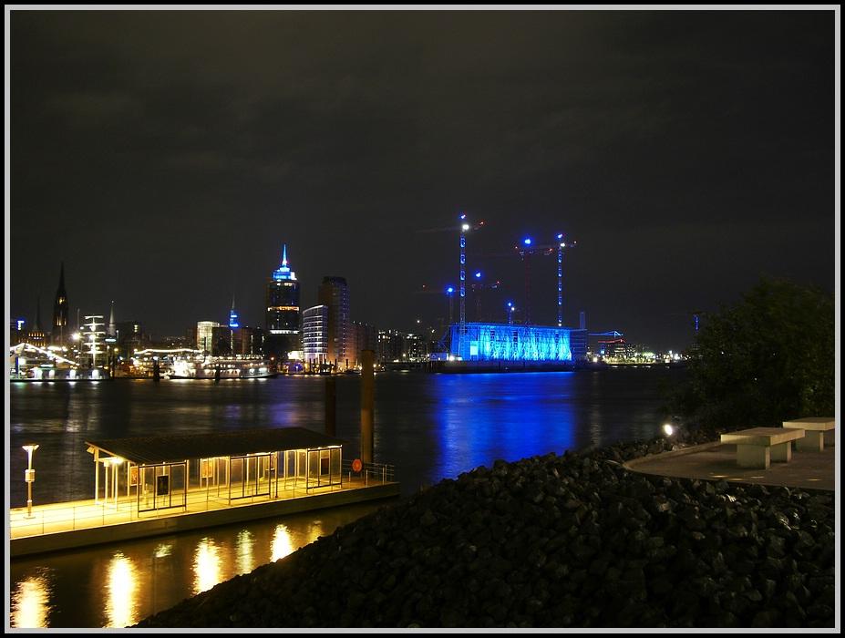 Hamburg Cruise Days 2008 at Night