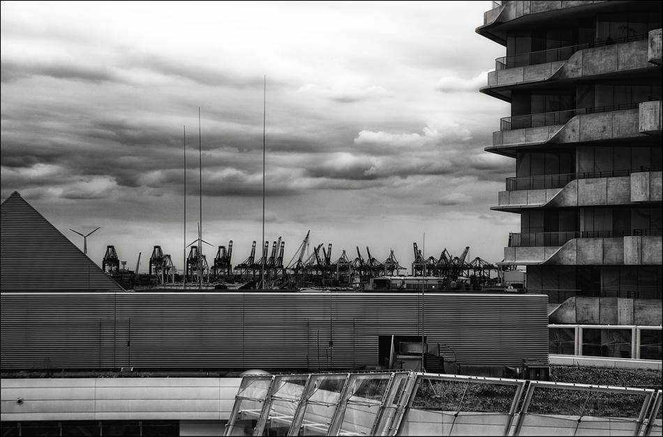 HAMBURG - Der neue Hafen