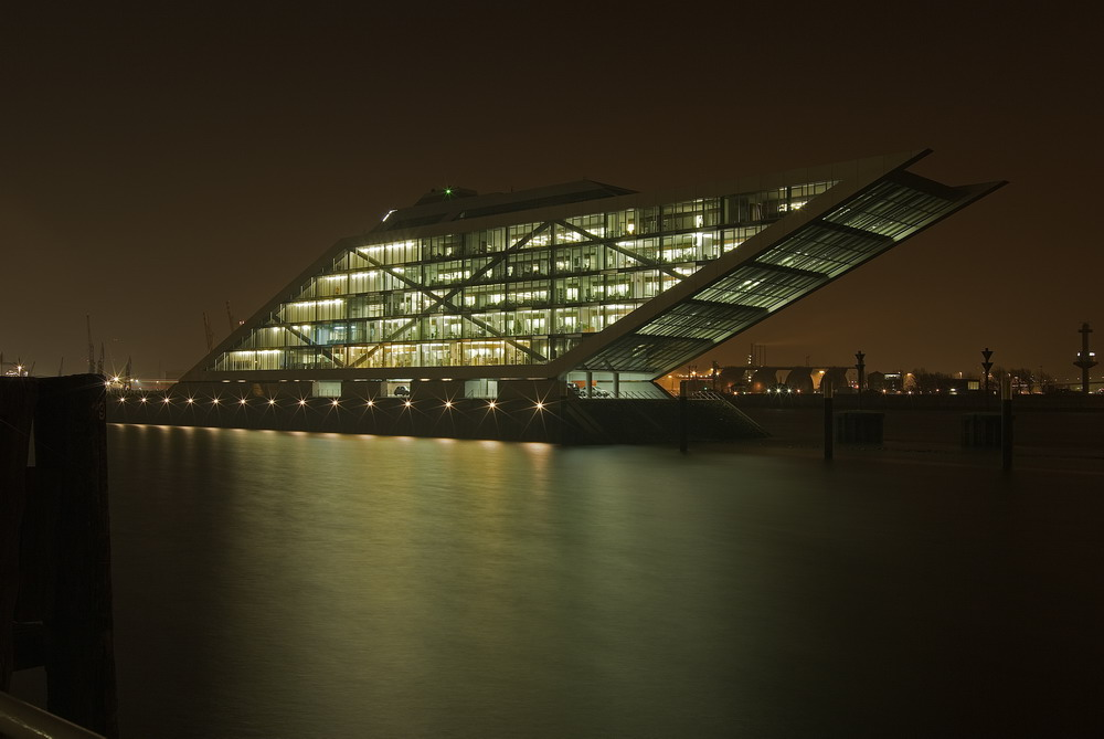 Hamburg Dockland 5901