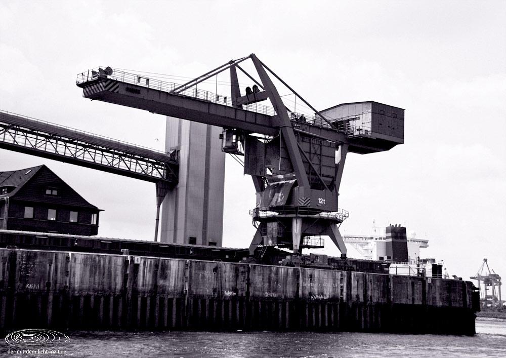 Hamburg dockside I
