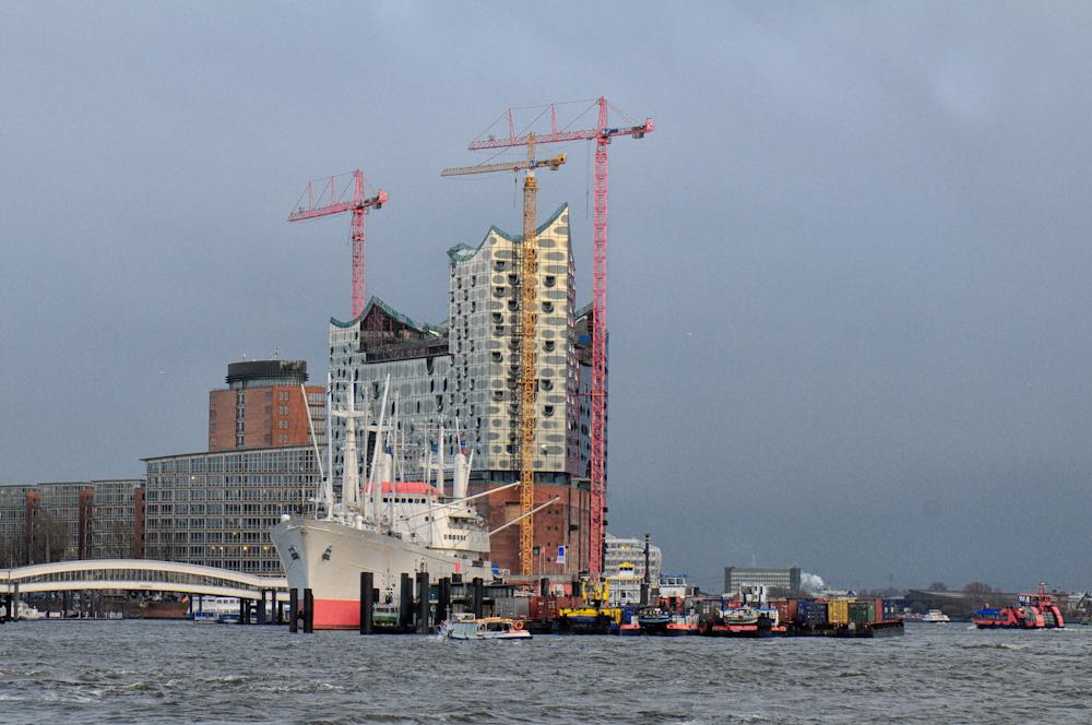 Hamburg, Fass ohne Boden !