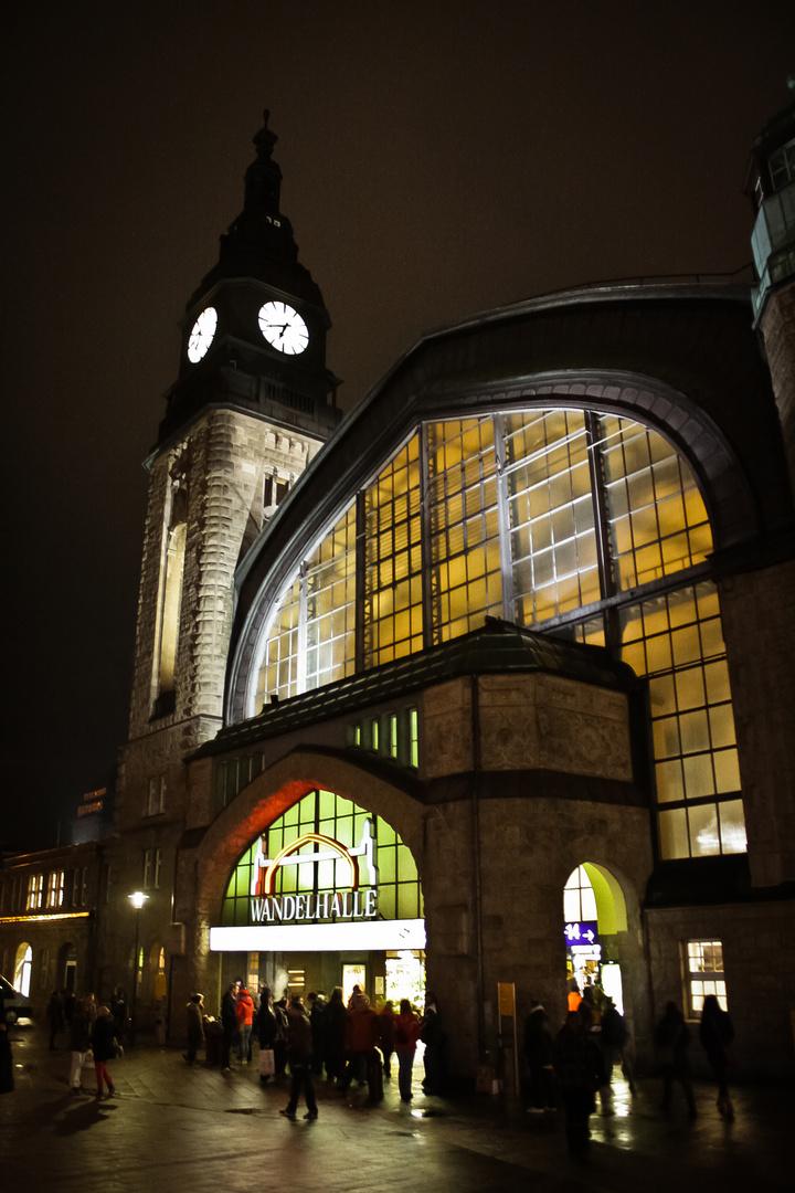 Hamburg Hauptbahnhof :)