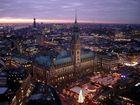 Hamburg in der Abenddämmerung