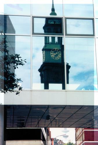 Hamburg: Michel against Fernsehturm (unten rechtst)
