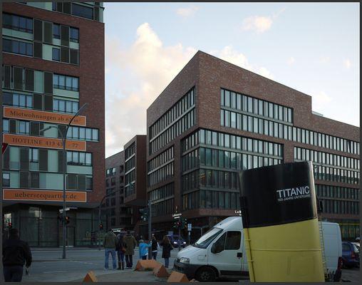 Hamburg: Nachdenkliches aus der Hafencity