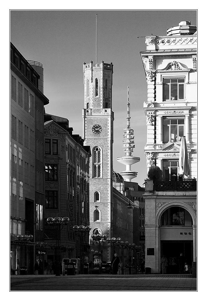 - Hamburg Rathausvorplatz II -