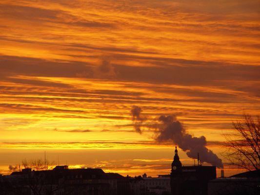 Hamburg: Sonnenaufgang über der Alster