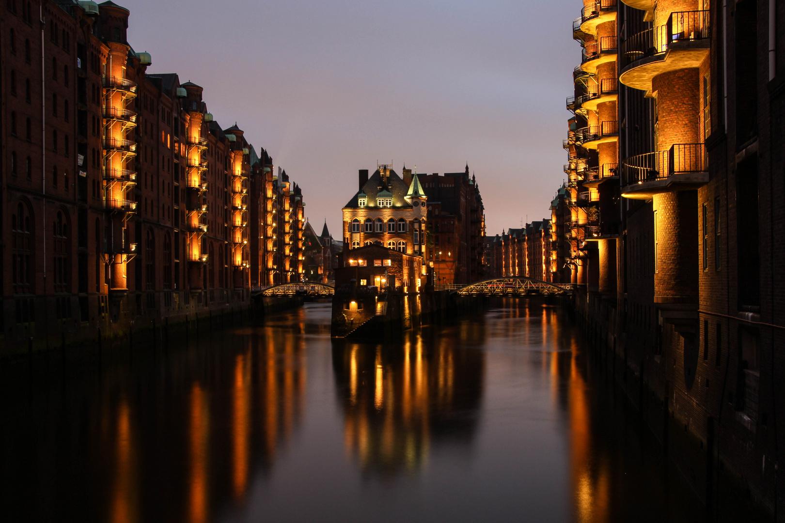 Hamburg Speicherstadt, Wasserschloss